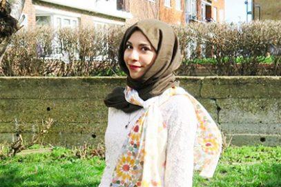 Британка в хиджабе в неописуемом ужасе от России