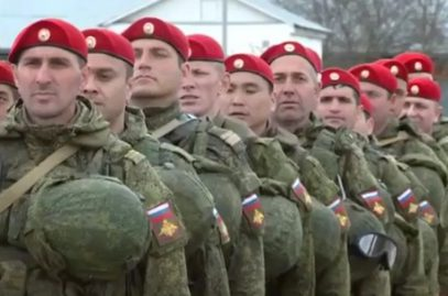 «Вы самые красивые люди». В Чечне чествовали вернувшихся из Сирии военных полицейских (ФОТО)