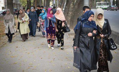 СМИ выяснили, как живут брошенные таджикские жены