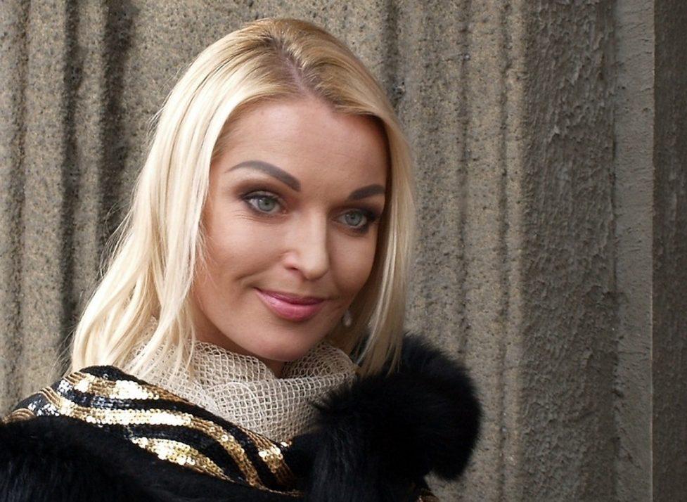 Российская звезда приютила семью мигрантов из Таджикистана
