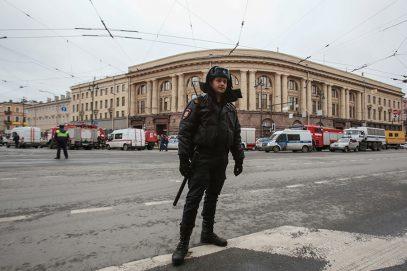 В Москве и Петербурге вводятся дополнительные меры безопасности