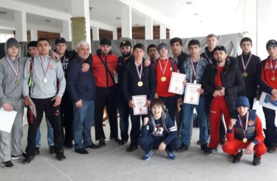 Борцы из Дагестана произвели фурор на всероссийском турнире
