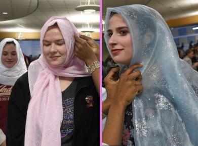 Амина пришла в школу в хиджабе. Весь класс последовал за ней