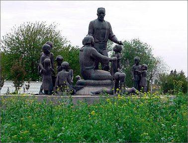 Памятник, запечатлевший гражданский подвиг узбекского кузнеца, будет возвращён в центр Ташкента