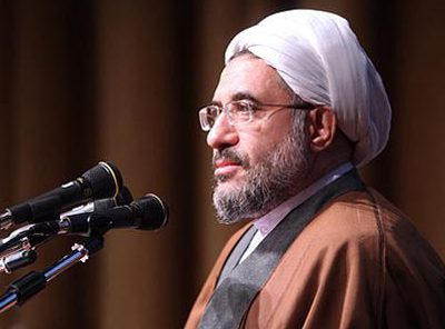 Аятоллу Араки, спешившего на выборы президента Ирана, продержали 8 часов в российском аэропорту