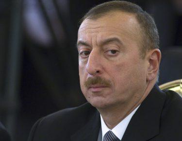 Ильхам Алиев написал статью об исламской солидарности, назвав Пакистан, Саудию и Турцию ключевыми союзниками Азербайджана
