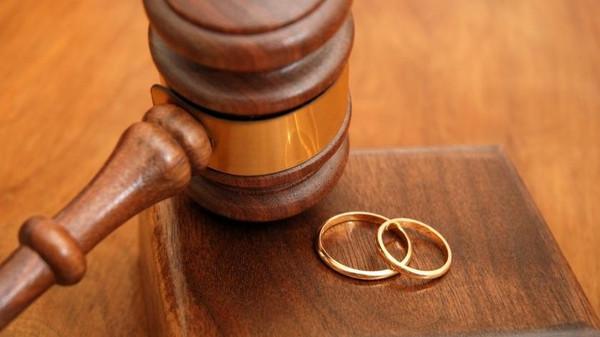 Палестинские власти запретили разводы вмесяц рамадан
