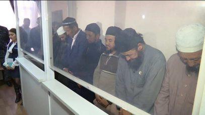 В Узбекистане началась реабилитация осужденных по религиозным мотивам