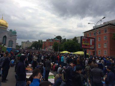 Среднеазиатские мусульмане не разделили праздника с российскими единоверцами