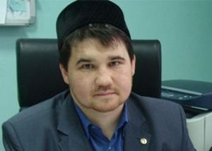 Рустам Батров опроверг слухи о своем увольнении из ДУМ Татарстана