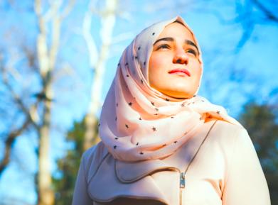 Школьница-мусульманка стала жертвой произвола полиции