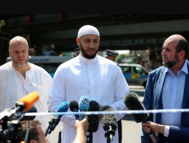 Британцы потрясены поступком имама с террористом-исламофобом