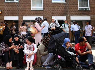 Британка эмоционально поблагодарила мусульман за спасенные жизни (ВИДЕО)