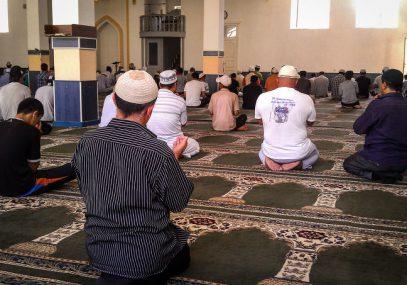 В Киргизии мусульмане возмущены резким ограничением громкости азана