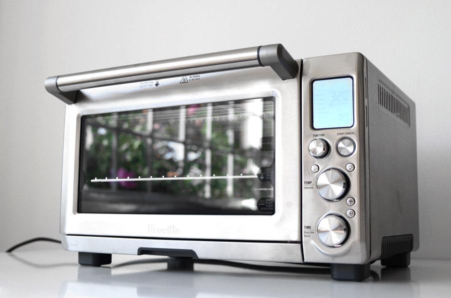 Преимущества выбора настольной электрической духовки и лучшие новинки 2017 года