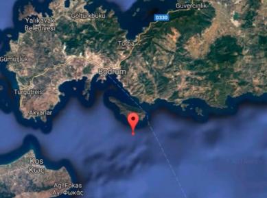 Появились кадры мощного землетрясения и цунами в Турции