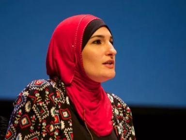 Мусульманскую активистку обвинили в «джихаде» против президента