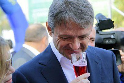 Министр Ткачев: вино — залог улучшения демографии России