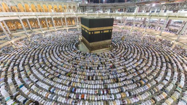 Ежегодное паломничество в Мекку, являюется одним из пяти столпов ислама