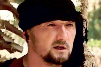 Соцсети всколыхнуло селфи экс-командира ОМОНа Таджикистана, примкнувшего к ИГИЛ