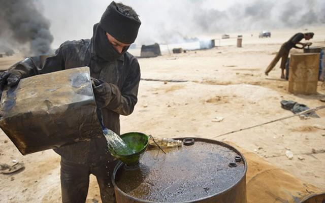 Реализация нефтепродуктов на подконтрольных ИГ территориях