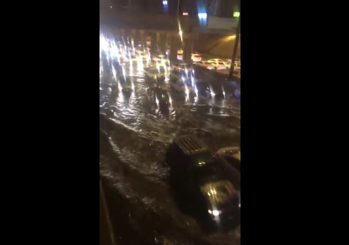 Затопленная проезжая часть Медины