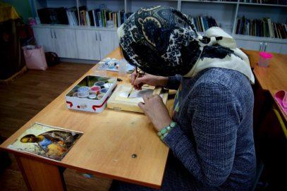 В Омске женщина-иконописец приняла ислам