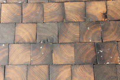 Выбор плитки под дерево: главные особенности