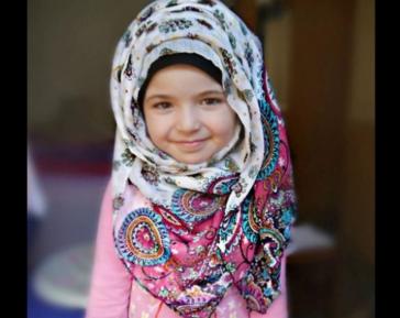 Сексуализация мусульманского ребенка вызвала скандал в Британии