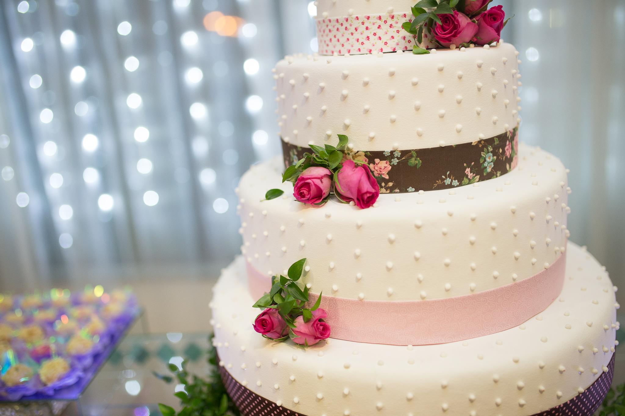 Поздравления, открытка большой торт