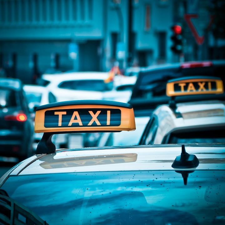 Такси в Крыму и трансфер по полуострову