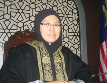 Шариатский судья в хиджабе: «Я не женщина и не мужчина»