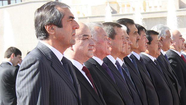 Таджикским чиновникам запретили то, что Путин разрешил российским