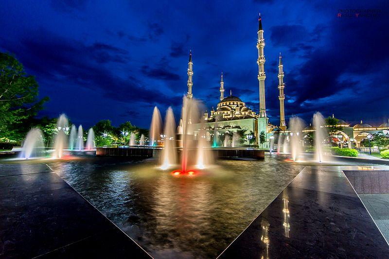 Мечеть «Сердце Чечни» в Грозном