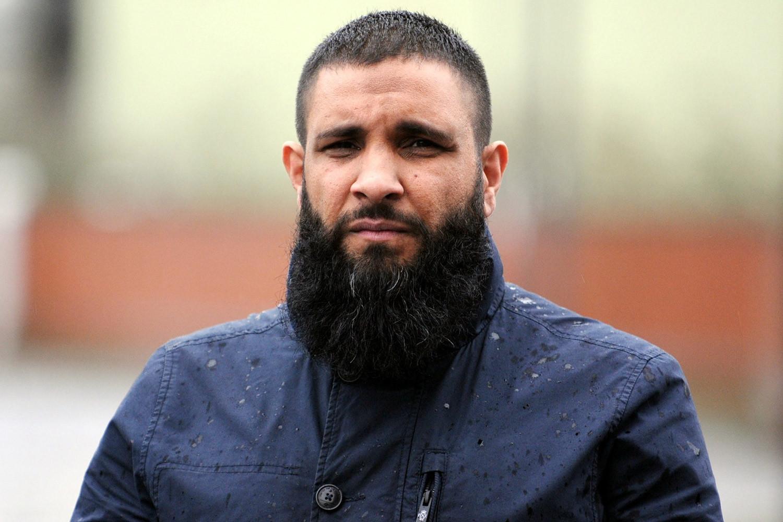Бородатые мусульмане не дали начальству себя побрить, чем все закончилось