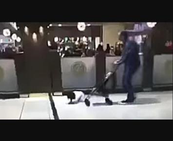 Жестокое обращение с ребенком вызвало шок в Саудовской Аравии (ВИДЕО)