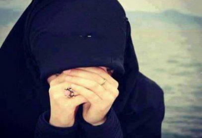 Вслед за хиджабом в Таджикистане хотят запретить… плач и черную одежду