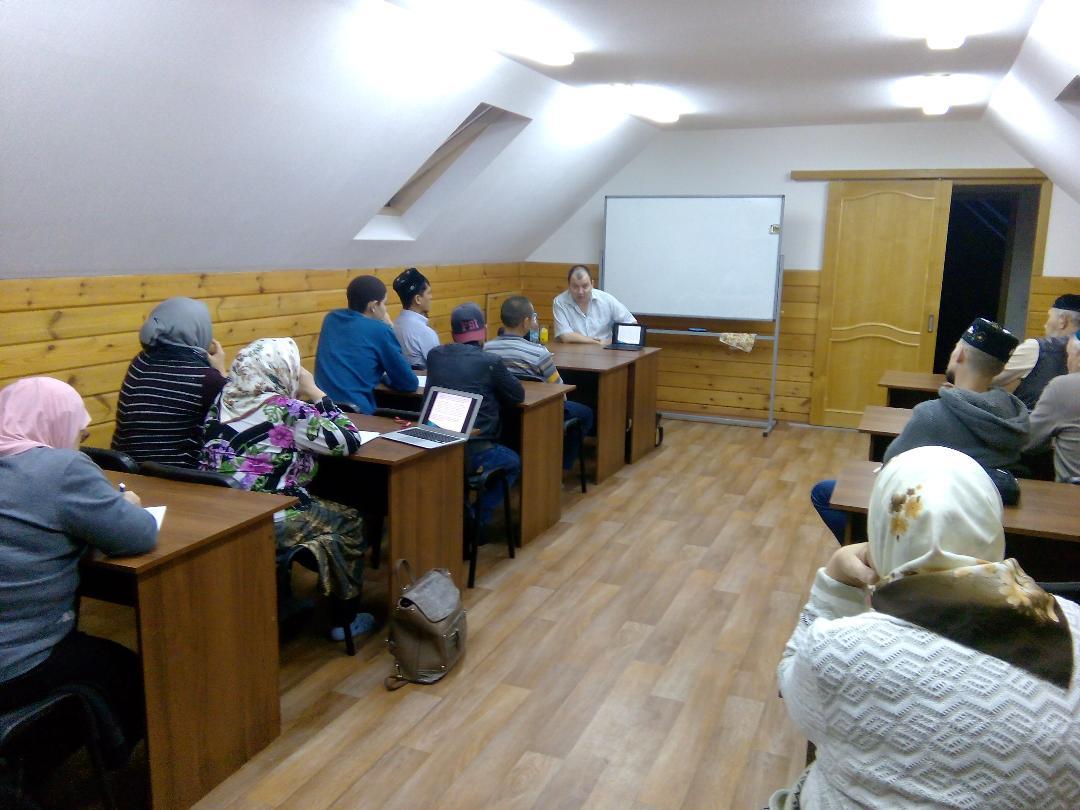 В мечети «Айгуль» г. Березовский