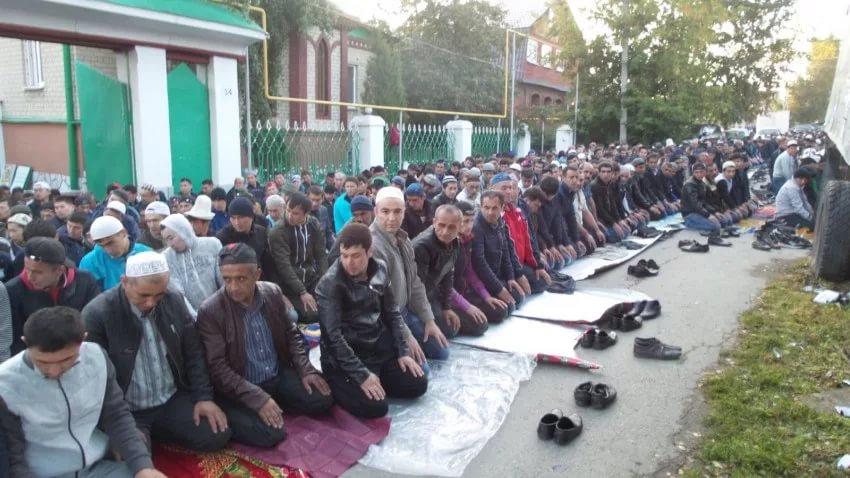 Колективная молитва в Екатеринбурге