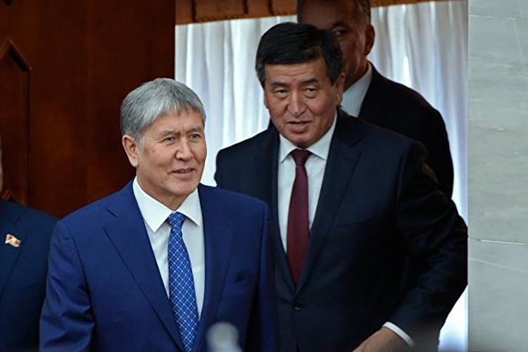 Атамбаев публично поддержал кандидатуру Жээнбекова