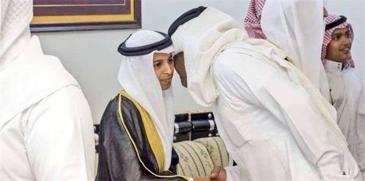 Али Аль Кайси принимает поздравления