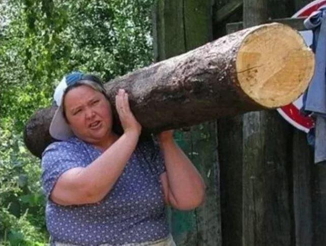 Русская женщина всегда готова быть мужчиной