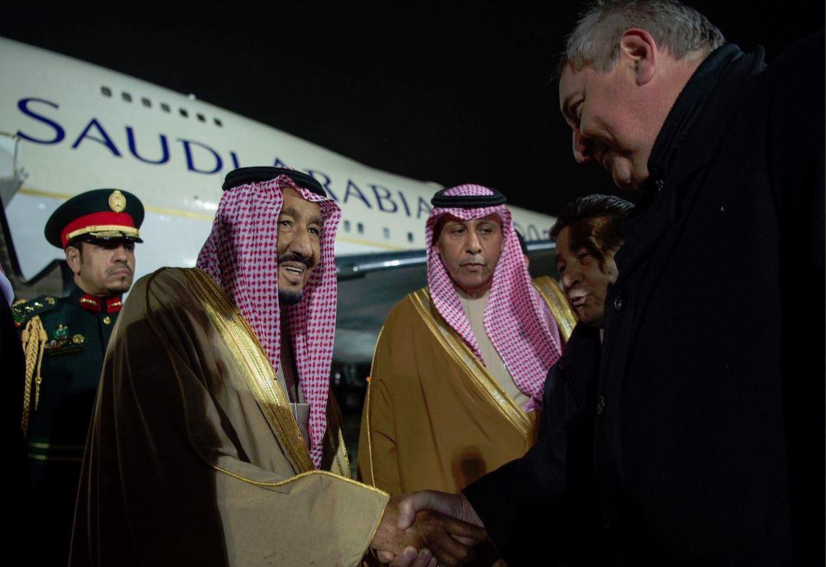 Короля встретил вице-премьер РФ