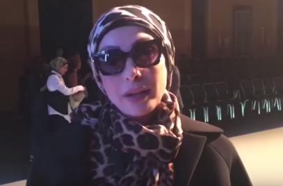 Поп-дива впервые появилась на публике в хиджабе после решения уйти со сцены (ВИДЕО)