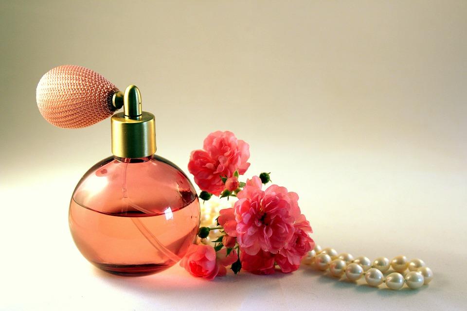 Почему парфюмерию следует покупать в Интернете?