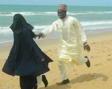Любовные игры мусульманской пары на пляже взорвали соцсети