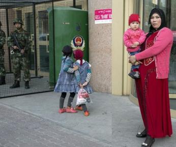 Китай придумал новую изощренную форму отлучения мусульман от ислама