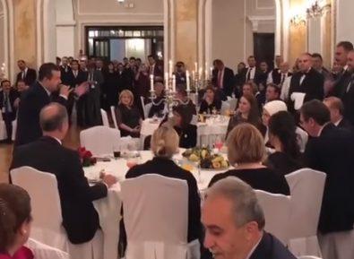 Этот визит в Сербию Эрдоган запомнит надолго (ВИДЕО)