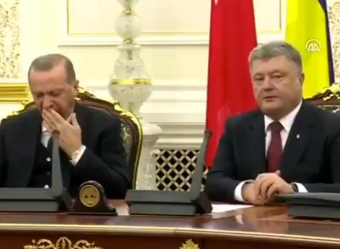 Президент Турции во время визита в Киев