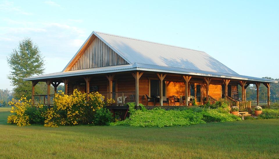 Достоинства собственного загородного дома